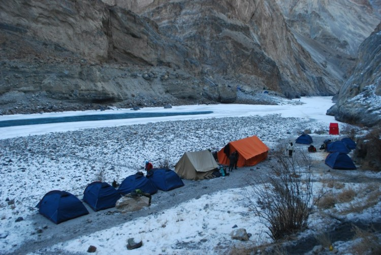 Tracking Chadar   Leh, Ladakh