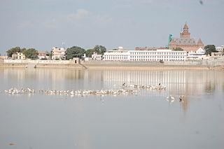 Ahmedabad 1N |  Gir 2N |  Rajkot 1N | Bhuj 3N