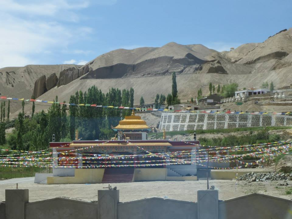 DESTINATION VALLEY OF LEH