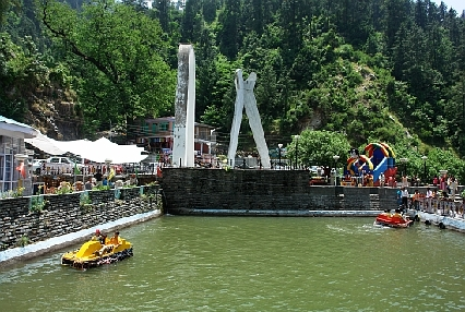 BEST TOURIST PLACES IN HIMACHAL PRADESH