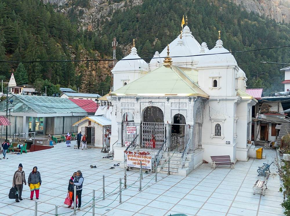 CHARDHAM YATRA BY HELICOPTER  01 NIGHTS  02 DAYS