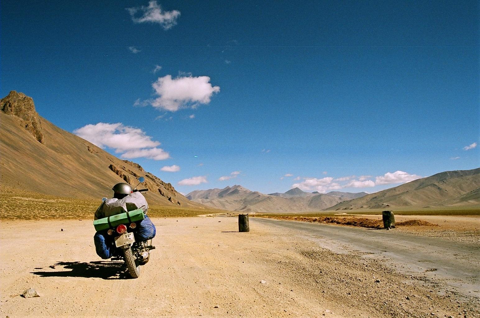 Enjoy bike rides on the tricky roads of Ladakh